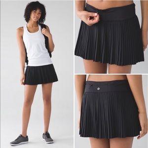 Lululemon | Black pleat to street tennis skirt